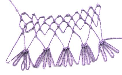 row 2 of Mirror Increase netting stitch